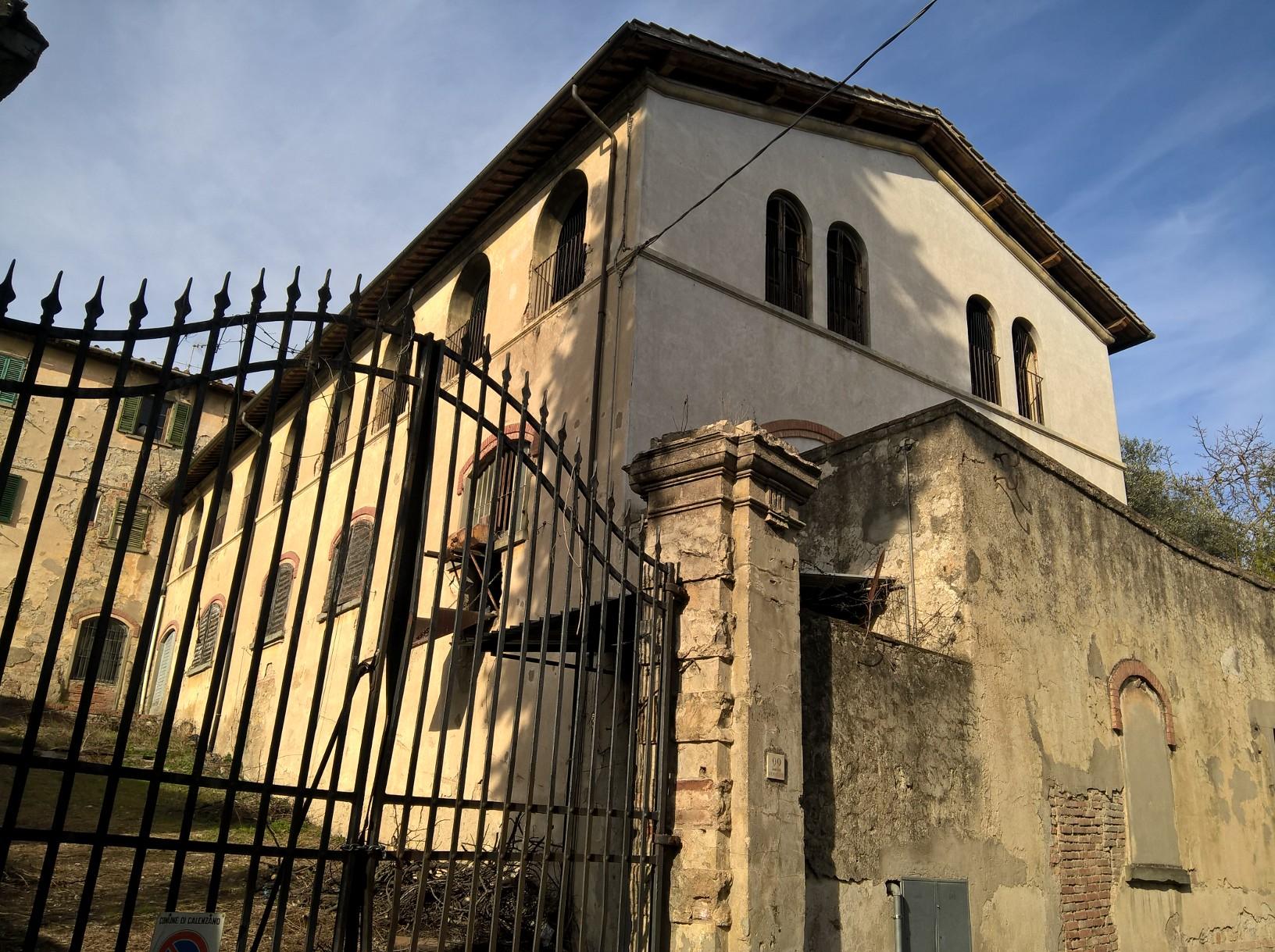CALENZANO via di Castello  terratetto mq. 150 ca  € 305.000,00 (considerando le detrazioni)
